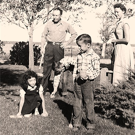 Frank Conard with wife, Billie Faye, their sons, Erick and Frankie, and his niece, Gale Fern Burns [Downing]