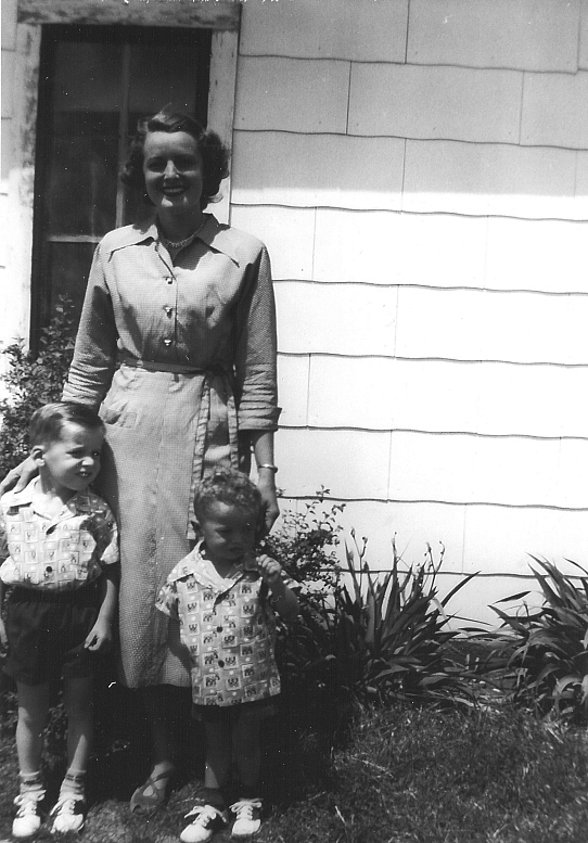 Erick with Mother, Billie Faye, and brother Frankie in 1951